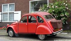 Citron 2CV 1989 (XBXG) Tags: auto old france holland classic netherlands car vintage french automobile nederland citron voiture 2cv 1989 frankrijk paysbas eend geit ancienne 2pk 2cv6 citron2cv franaise deuche sgraveland deudeuche zuidereinde tnvb72