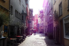 Lindau - In der Grub (StefanJurcaRomania) Tags: street light sunset sun germany bayern deutschland bavaria purple lindau bodensee germania