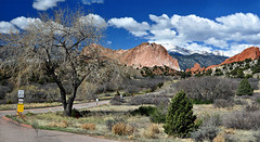 Garden of Gods Entrance Panorama in Spring (May) 2016 (yeoldmenogynguide60) Tags: panorama garden spring may entrance gods 2016
