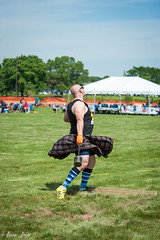 HG16-23 (Photography by Brian Lauer) Tags: illinois scottish games highland athletes heavy scots itasca lifting