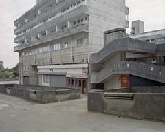 untitled, Southampton, 2016 ([Photom]) Tags: uk england 120 film mediumformat concrete 6x7 southampton brutalist kodakportra400 mamiya7ii newtopographics wyndhamcourt