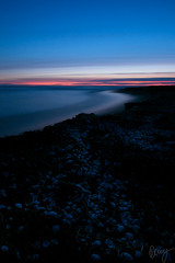 Red and Blue (Kenny Hindgren) Tags: ocean blue sunset sea shells beach water seashells evening sand olympus hour 28 kenny omd lagan halland laholm 2015 em5 1240mm laholmsbukten lagaoset snapparp mzuiko hindgren