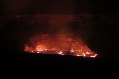 lake with no bottom (BarryFackler) Tags: park nature outdoors island volcano hawaii lava polynesia nationalpark nps steam crater caldera heat bigisland geology hawaiivolcanoesnationalpark nationalparkservice eruption usgs kilauea magma pele vulcanism geological 2015 hvo hawaiicounty halemaumaucrater hawaiiisland unitedstatesgeologicalsurvey jaggarmuseum kilaueavolcano hawaiivolcanoobservatory barryfackler barronfackler overlookcrater halemaumaucaldera