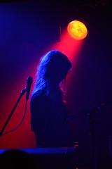 DSC_4947(2) (hanan.huston) Tags: lighting light red portrait music beauty silhouette concert nikon keyboard tour livemusic singer musicphotography d7100 killitkid