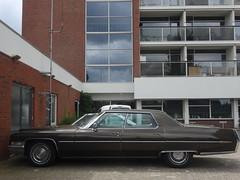 Cadillac Calais sedan 1971 / 2000 Apeldoorn (willemalink) Tags: sedan 1971 2000 cadillac calais apeldoorn