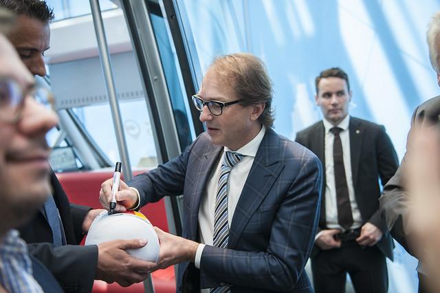 Alexander Dobrindt signs autographs
