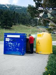(jcarroza) Tags: road blue red snow man mountains tree green nature yellow olympus rubbish peeing pyrenees lamolina 17mm 34mm