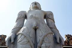Estatua monoltica de Gomateshwara, en el templo jainista de Shravanabelagola (Karnataka-India), 2016. (Luis Miguel Surez del Ro) Tags: india hassan karnataka estatua jain shravanabelagola gomateshwara jainista
