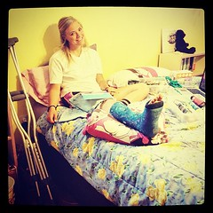 hallie92_af9462f6c66c11e2882c22000a9e06a8_ (cb_777a) Tags: usa broken foot toes leg cast crutches ankle