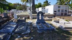 Key West Cemetery, FL (SomePhotosTakenByMe) Tags: city vacation friedhof usa holiday cemetery grave graveyard america keys island unitedstates florida outdoor urlaub tombstone insel stadt gravestone keywest grab amerika grabstein floridakeys keywestcemetery