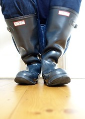 In the Navy... (essex_mud_explorer) Tags: vintage boots gates navy rubber wellington hunter wellingtonboots wellies rubberboots gummistiefel wellingtons gumboots rainboots madeinscotland hunterwellies rubberlaarzen hunterboots hunterrainboots