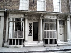 London's oldest surviving shop front built in 1756. (Avvie_) Tags: london whitechapel spitalfields aldgate crispin street artillery lane passage queens head pub gas lamp jack ripper dorset 1888 mary jane kelly flower dean lolesworth close christ church itchy park