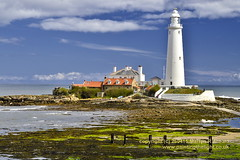 St.Mary's Lighthouse Whitley Bay (Martyn (Northants/North East)) Tags: uk england seascape lighthouses northsea northeast whitleybay cullercoats northernengland stmaryslighthouse whitly englishlighthouse northsealighthouse