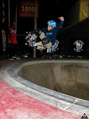 F/S Air (WillianWAS) Tags: pool bowl vert oldschool skate cave bowls sk8 bowlriders skateoldschool cavepoolskateboard willianwas bowlbeer