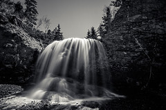 back in the saddle again (Port View) Tags: longexposure blackandwhite bw cliff sun canada water monochrome flow mono waterfall novascotia sunny le shore margaretsville thesaddle fundyshore cans2s fujixe2