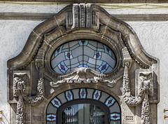 Portal (detail) im Sprudelhof (JohannFFM) Tags: detail bad portal nauheim sprudelhof
