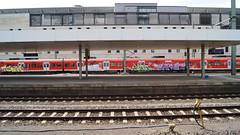 Graffiti (Honig&Teer) Tags: railroad streetart train graffiti steel eisenbahn bahnhof hannover db urbanart deutschebahn sbahn hbf treno aerosolart spraycanart traingraffiti trainart railroadgraffiti dbregio sbahngraffiti honigteer eisenbahngraffiti