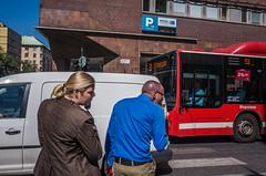 R0014797 (historietter) Tags: street sweden stockholm streetphotography streetphoto sverige ricoh ricohgr lightroom ricohgrii streephotocolor