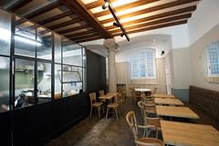 _DSC1224 (fdpdesign) Tags: arredamenti shop design shopdesign nikon d800 milano italy arrdo italia 2016 legno wood ferro sedie tavoli locali cocktails bar interni architettura