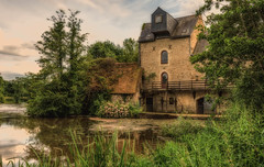 Old water mill at noyen sur sarthe (Dave2638) Tags: france mill water river landscape scenic lemans sarthe noyen noyensursarthe lemans2016