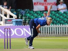 Katherine Brunt_03 (john.mallett) Tags: cricket ecb odi englandvpakistan womanscricket englandwoman fischercountyground