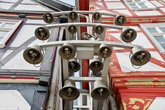 Town Hall bells (Eschwege, Germany) (armxesde) Tags: pentax ricoh k3 deutschland germany hessen eschwege timberframed fachwerkhuser marktplatz rathaus glockenspiel bells