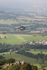 Rettungshubschrauber am Pferdskopf / Wasserkuppe 160814_104 (jimcnb) Tags: 2016 august wasserkuppe rhn hessen hubschrauber polizei helicopter dhheb
