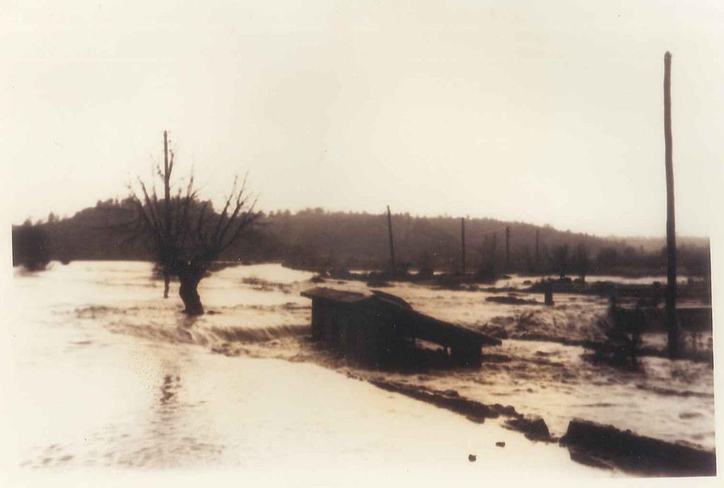 1958_innondation_lavoir_de_la_rouquette