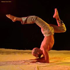 Handstand (naturalturn) Tags: sanfrancisco california shirtless usa man modern dance dancing artistic fineart aaron powder handstand flour moderndance image:rating=4 littleboxestheater image:id=173101 aaronsimunovich
