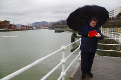 Juan Mari Aburto and Nervion River (Iker Merodio   Photography) Tags: party river juan pentax country bilbao mari national bizkaia basque euskadi nervion biscay k50 aburto nerbioi eaj zorrotza