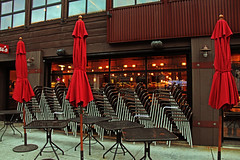 Still close (zgrial) Tags: sanfrancisco california red bar umbrella restaurant chairs patterns business handheld lomoeffect streetshot jeffersonstreet buildingexterior zgrial