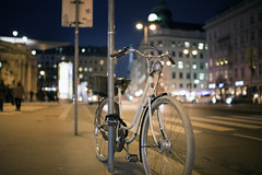 Vienna Bicycle (Dusty J) Tags: vienna city bike bicycle night lights austria nikon europe bokeh dustin d750 velo bicyclebicicletta gaffke dustingaffke