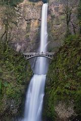 Multnomah Falls, Oregon (Prithvi Mandava) Tags: longexposure usa oregon waterfall columbiariver waterfalls multnomahfalls columbiarivergorge cep naturephotography landscapephotography nikcolorefexpro niksoftware traveloregon photoshopcc nikond610 lightroomcc