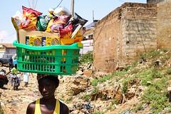 Basket case (zécarlos[ ô ]unroyal) Tags: africa basket angola luanda zunga zungueira