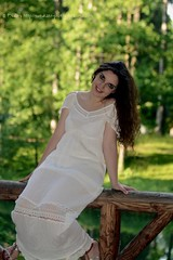 DSC_1483+ (SuzuKaze-photographie) Tags: portrait woman lyon bokeh femme parc swirly helios442 suzukazephotographie