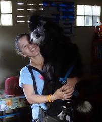 woman carrying her big dog (the foreign photographer - ) Tags: woman dog portraits thailand big bangkok sony lard bang bua carrying khlong bangkhen rx100 phrao dscjun112016sony