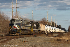 Empties following the flag (jwjordak) Tags: usa heritage train ns oh hudson norfolksouthern 1070 sd70ace unittrain switchstand