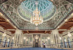 (eneko123) Tags: hall prayer grand mosque mezquita sultan oman qaboos muscat mosque eneko123 omn   moschee sultanateofoman omani sultanate  mascate      maskat   masqa sqgm