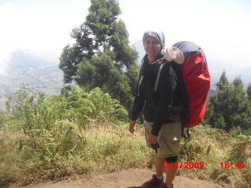 "Pengembaraan Sakuntala ank 26 Merbabu & Merapi 2014 • <a style=""font-size:0.8em;"" href=""http://www.flickr.com/photos/24767572@N00/26558759043/"" target=""_blank"">View on Flickr</a>"