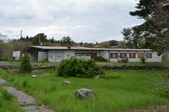 DSC_1268 (Cory Seamer) Tags: abandoned pennsylvania resort poconos swingers urbex pennhills honeymoonresort