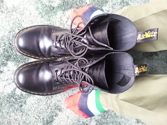 20160412_121238 (rugby#9) Tags: original black feet yellow socks boot shoe hole boots 10 lace dr air 7 indoor icon wear size footwear stitching comfort sole doc cushion soles dm docs eyelets drmartens bouncing airwair docmartens martens dms stripedsocks combats 1490 cushioned combattrousers wair 10hole doctormarten multicolouredsocks yellowstitching armycombats greencombats greencombattrousers armycombattrousers