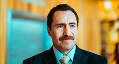 Demian Bichir - 7:19 (Luis Montemayor) Tags: demianbichir actor movie pelicula 719 behindthescenes detasdecamaras man set