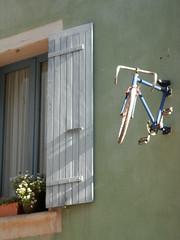 En selle... (Greg_marguerittes) Tags: france 26 bicyclette vélo drôme rhônealpes buislesbaronnies