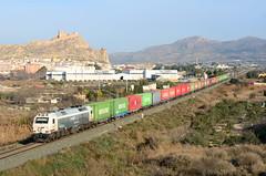 Sol y F8 (Carlos S.Lpez) Tags: train tren alicante 333 sax railways 3333 teco renfe mercante adif mercancias puertodealicante madridabroigal fcmadridalicante