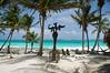 El Paraiso, ¿dónde si no? (Juan Ig. Llana) Tags: méxico mar tulum playa palmeras escultura yucatán rivieramaya cabañas caribe quintanaroo hamacas angeldelbienydelmal