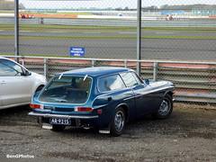 Volvo P1800 ES (BenGPhotos) Tags: blue classic cars sports car club start vintage volvo spring break swedish racing silverstone shooting brake motor es circuit vscc p1800 2016 ar9215