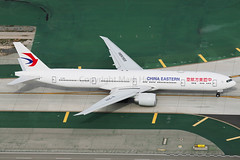 China Eastern Airlines Boeing 777-39P(ER) B-2001 (Mark Harris photography) Tags: california plane canon la aircraft lax spotting