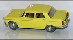 PEUGEOT 404 Taxi (1191) HACHETTE L1100877 (baffalie) Tags: auto car toys miniature voiture coche jouet diecast jeux