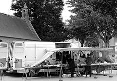 Mobile vegetable market - Plouguin (patrick_milan) Tags: street people blackandwhite bw white black monochrome noir noiretblanc bretagne nb rue blanc personne streetview gens finistre plouguin