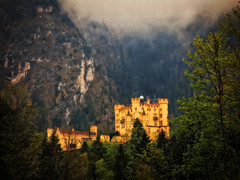 Dreamy Hohenschwangau (louelke - home again) Tags: castle misty wow germany bavaria dreamy schlosshohenschwangau